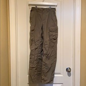 Sz S-32L Rei outdoor green pants gently used 🥾